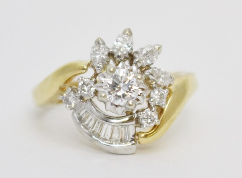 14K 2-Tone Yellow & White Gold Bypass Shank Floral Cluster Statement Ring sz 8.5