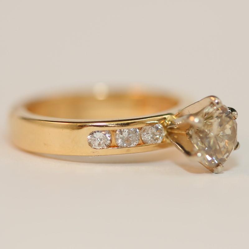 Lady's Diamond Engagement Ring 7 Diamonds 1.51 Carat T.W. 18K Yellow Gold 4.85g