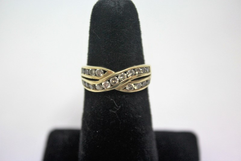 Lady's Diamond Wedding Band 19 Diamonds 1.52 Carat T.W. 10K Yellow Gold 3.7g