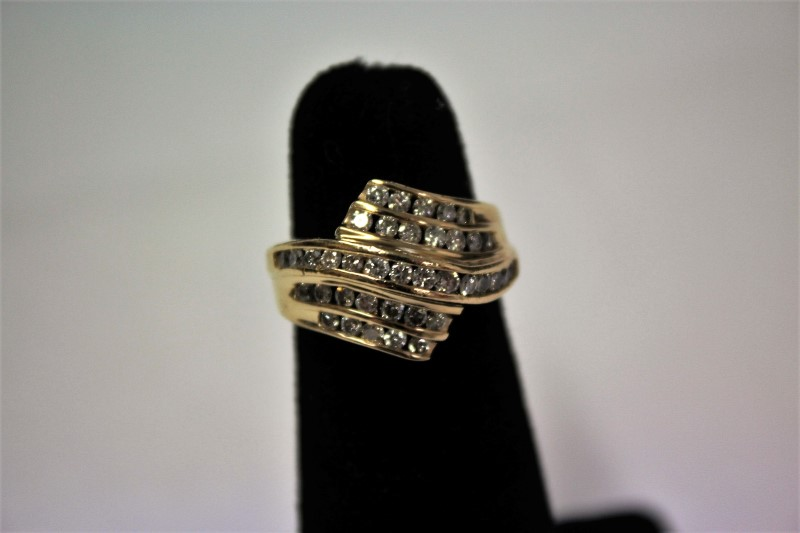 Lady's Diamond Fashion Ring 38 Diamonds 1.14 Carat T.W. 14K Yellow Gold 5.5g