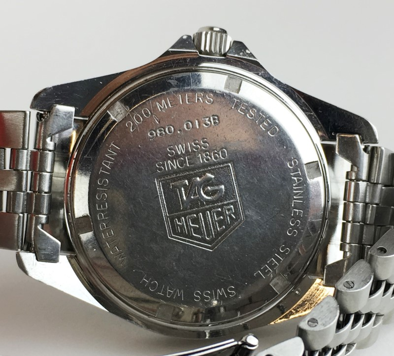 TAG HEUER 1000 PROFESSIONAL 200 METER DIVE STAINLESS STEEL QUARTZ WATCH