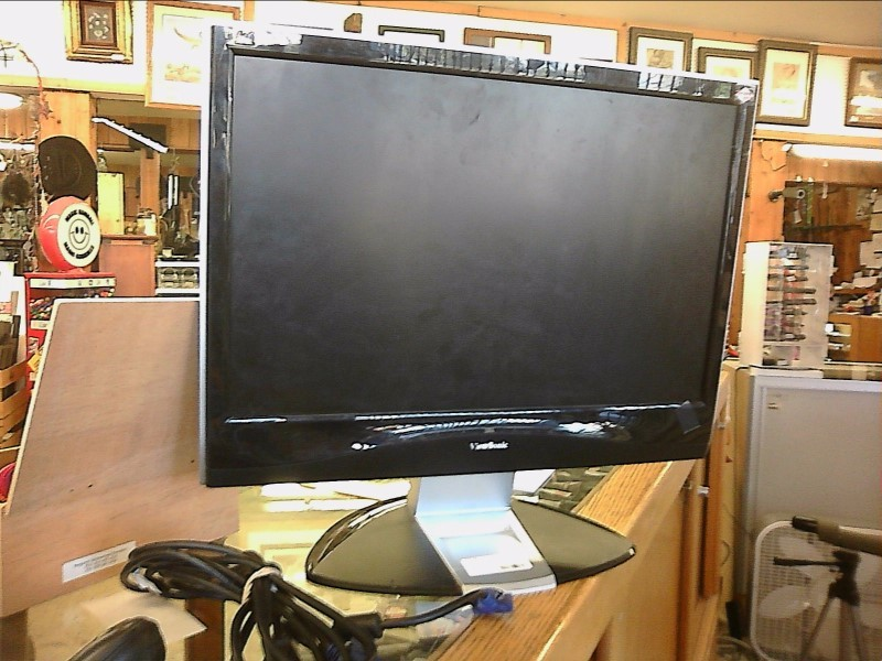 "VIEWSONIC VX2235WM 22"" COMPUTER MONITOR WITH POWER CABLE"