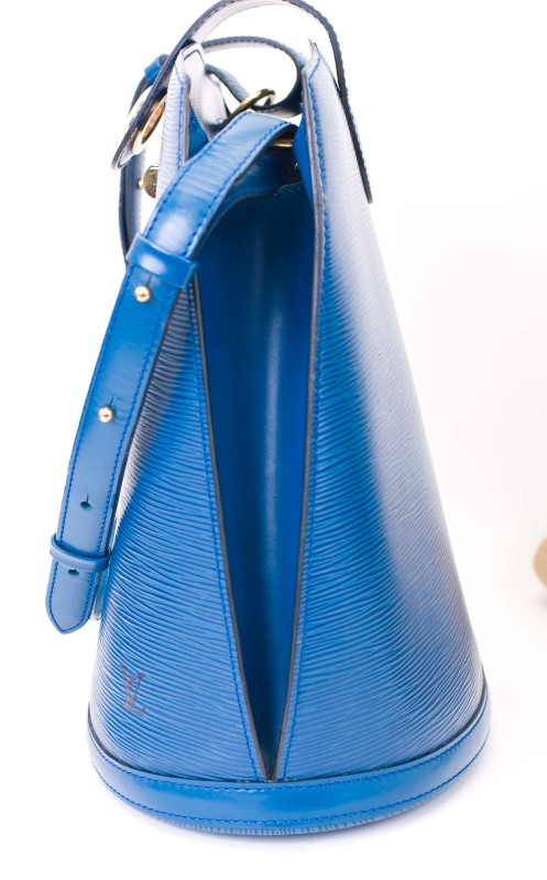 LOUIS VUITTON HANDBAG CLUNY COBALT