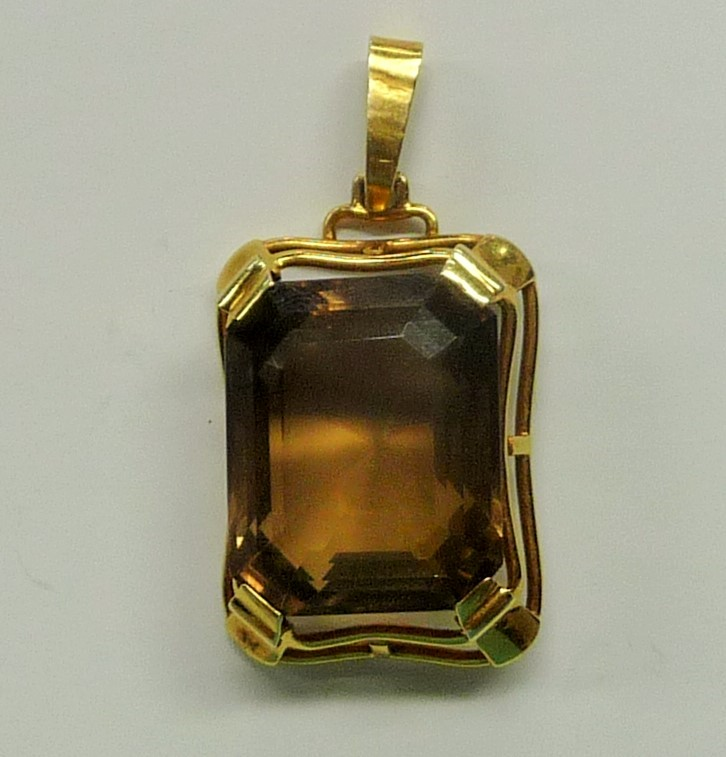 Brown Stone Gold-Stone Pendant 14K Yellow Gold 9.61dwt