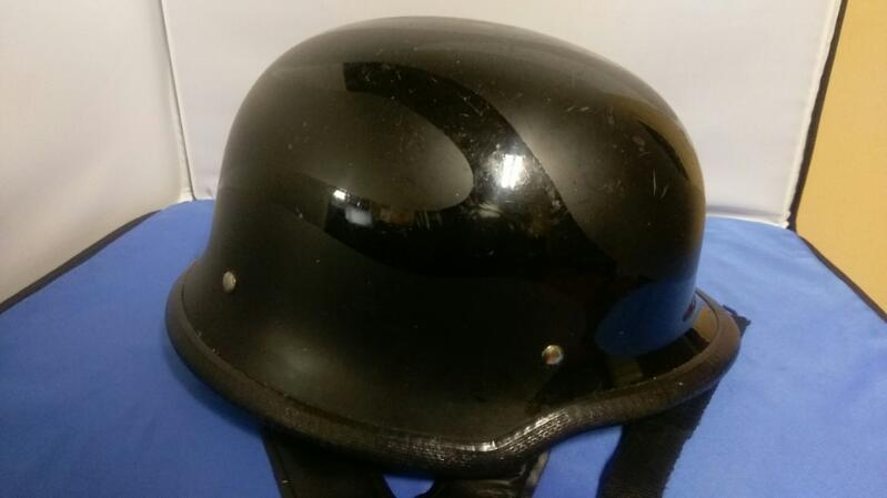 BELL FLYING TIGER BLACK MATTE/BLACK GLOSS DOT FMVSS 218 MOTORCYCLE HELMET