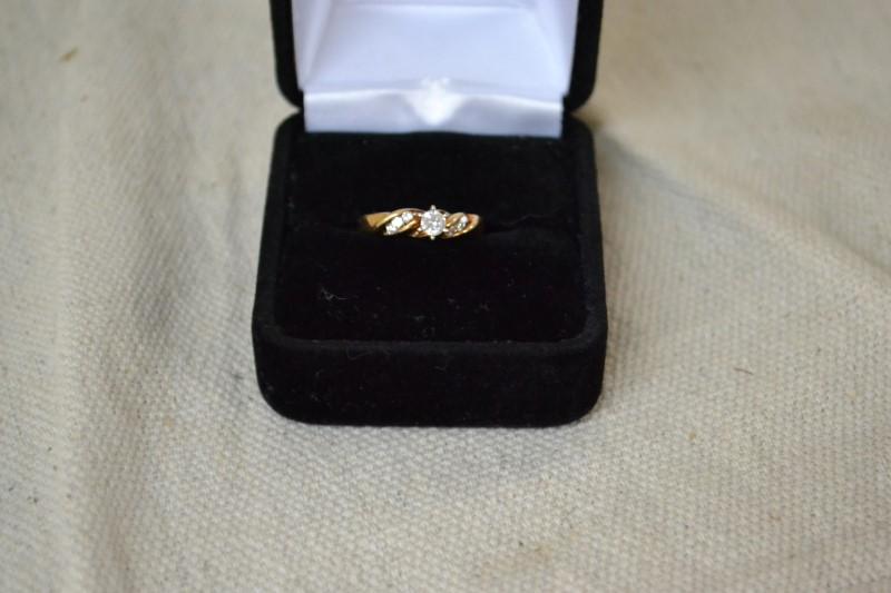 Lady's Diamond Engagement Ring 4 Diamonds .19 Carat T.W. 14K Yellow Gold 2g