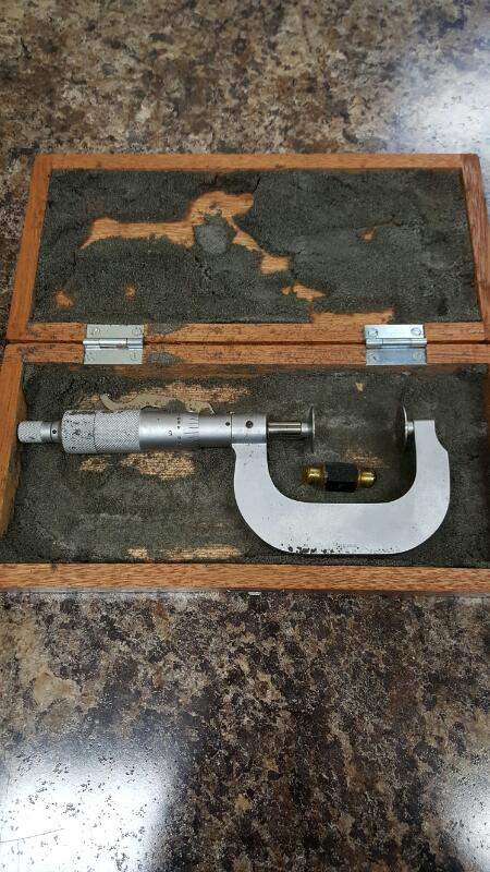 """Mitutoyo 1-2"""" Micrometer .001 Made In Japan W/ Case"""