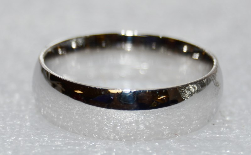 14k White Gold Solid Wedding Band Ring Size 9