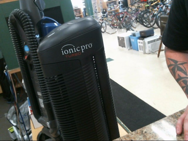 IONIC BREEZE Miscellaneous Appliances IONIC PRO AIR PURIFIER