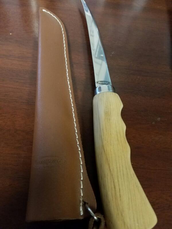 BERKLEY FILET KNIFE