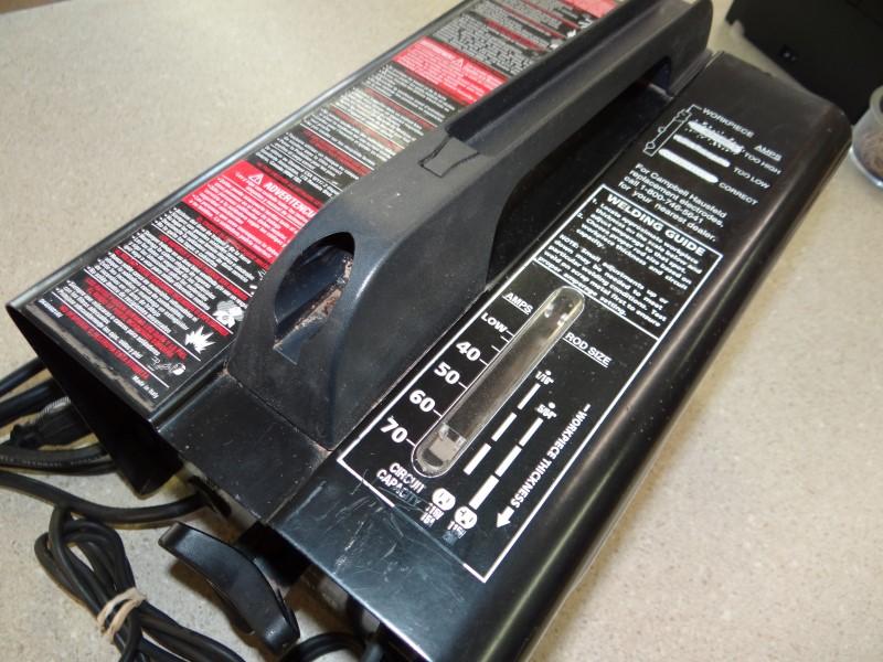 CAMPBELL HAUSFELD 70 AMP ARC WELDER