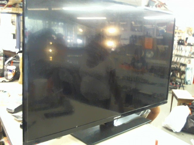 ELEMENT ELECTRONICS Flat Panel Television ELEFW505