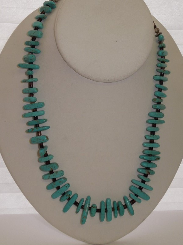 "28"" Synthetic Turquoise Stone Necklace Silver Stainless 42g"
