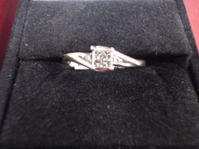 Lady's Diamond Cluster Ring 6 Diamonds .30 Carat T.W. 10K White Gold 2g