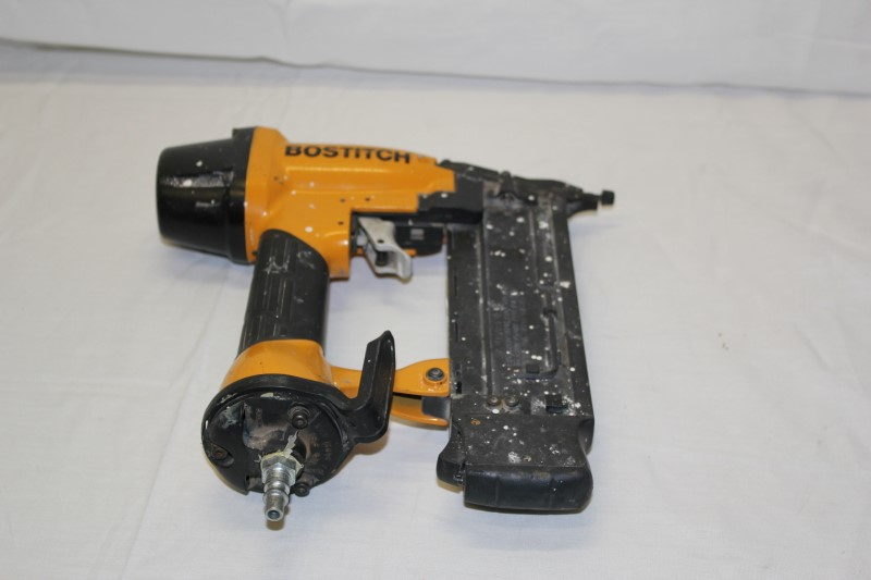 BOSTITCH Nailer/Stapler 18 GA BRAD NAILER