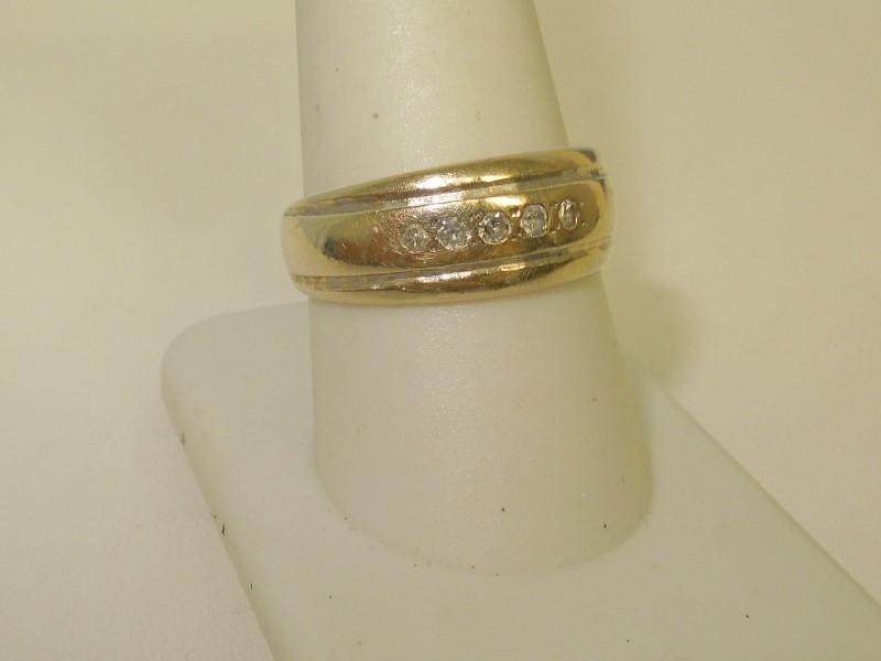 Gent's Gold-Diamond Wedding Band 5 Diamonds .15 Carat T.W. 14K White Gold 6.1g