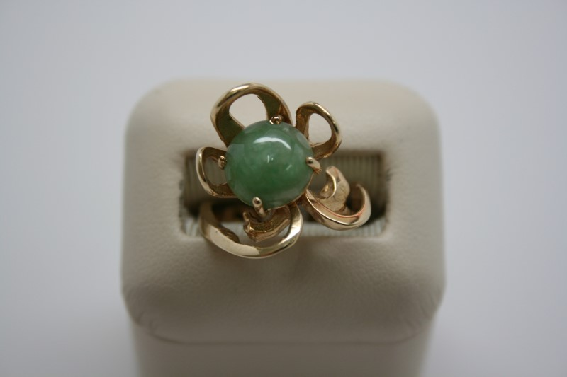 LADY'S FASHION JADE RING 14K YELLOW GOLD