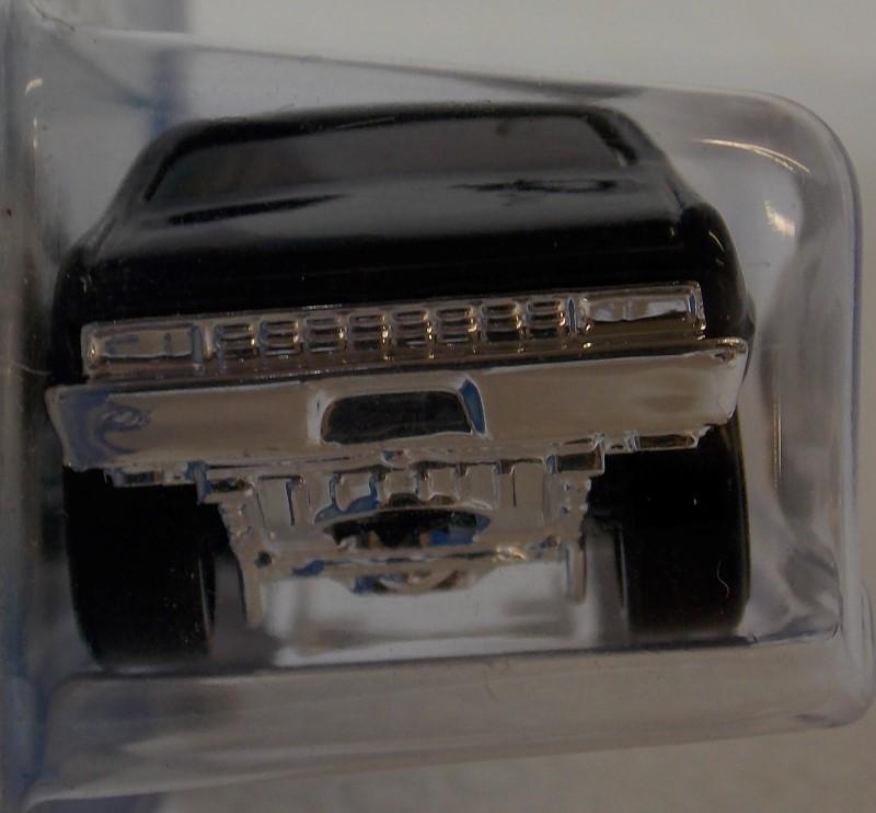 2009 HOT WHEELS: MIXED LOT OF 4 CARS