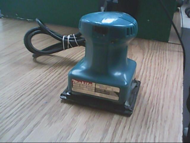 MAKITA Vibration Sander B04550 FINISHING SANDER