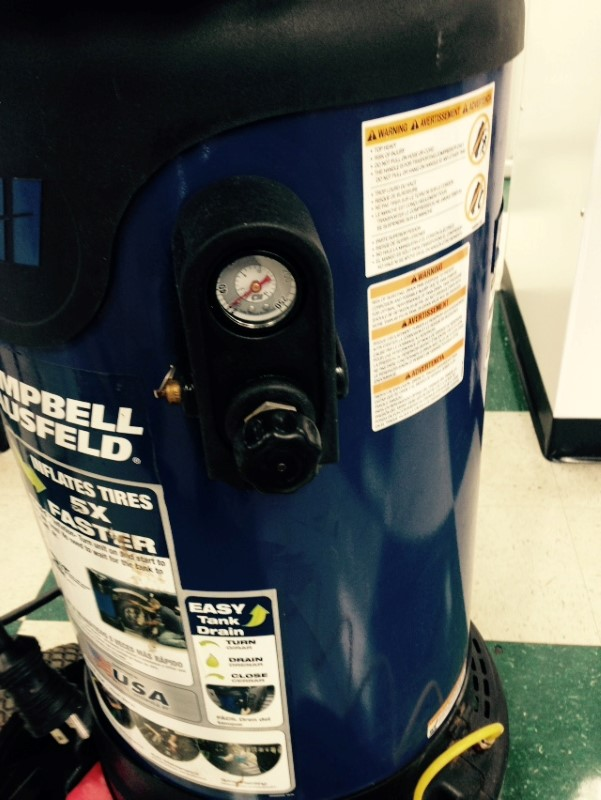 Campbell Hausfeld 26 Gallon Oil-Free Vertical Air Compressor