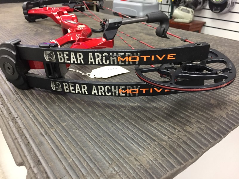 BEAR ARCHERY Bow MOTIVE
