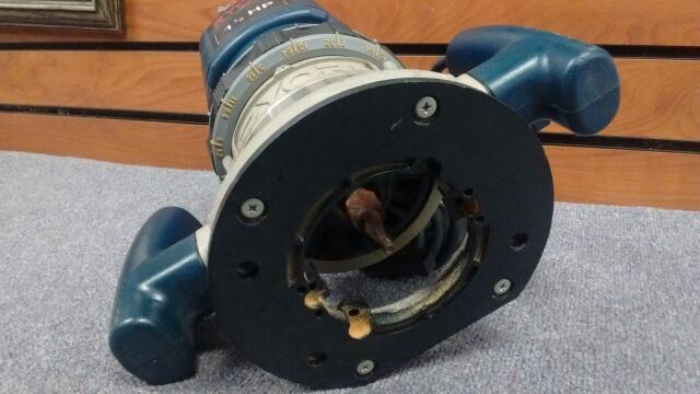 RYOBI ROUTER PLUNGE ROUTER R160U 1 1/2 HP