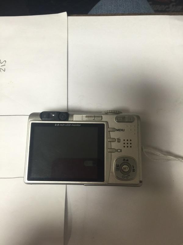 VIVITAR Digital Camera VIVICAM 8300S