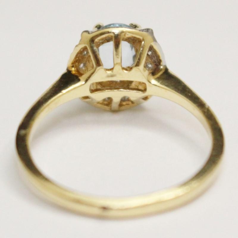 14K Yellow Gold Oval Cut Blue Topaz & Diamond Ring Size 6