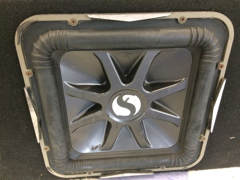 Kicker Car Amp DX350 & Subwoofer In Box