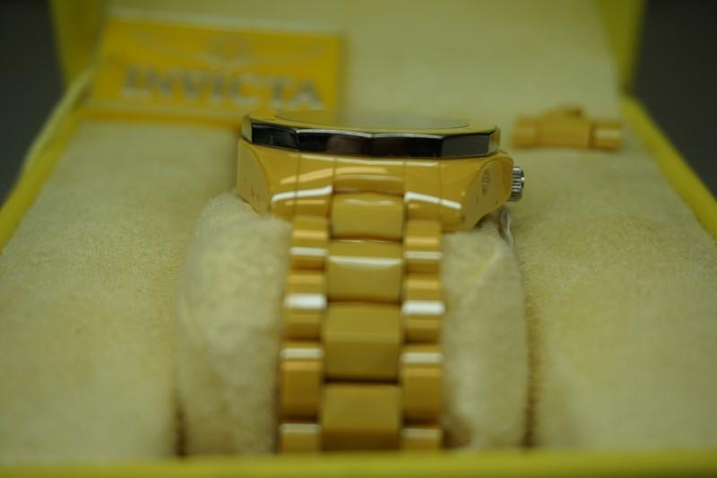 INVICTA Wristwatch TRITNITE