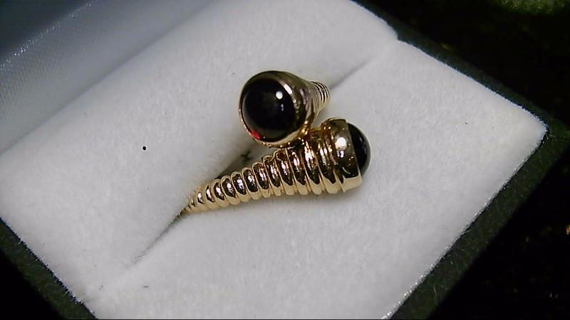 Almandite Garnet Lady's Stone Ring 18K Yellow Gold 4.9g