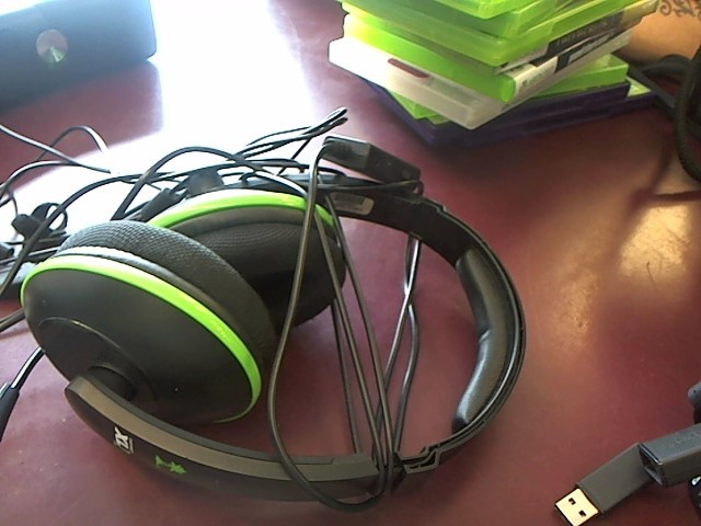 TURTLE BEACH Headphones EARFORCE XL1
