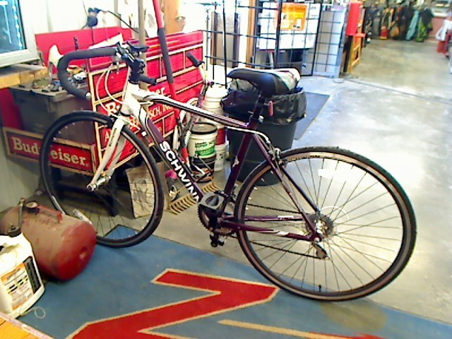 SCHWINN Road Bicycle VARSITY 1300