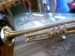 MAESTRO BY GIBSON Trumpet/Cornet POCKET TRUMPET