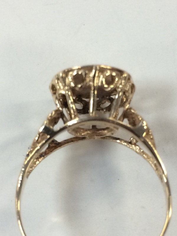 Lady's Gold Ring 10K Yellow Gold 2.2g Size:6