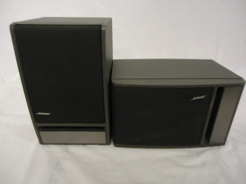 BOSE Speakers/Subwoofer 141 BOOKSHELF SPEAKER