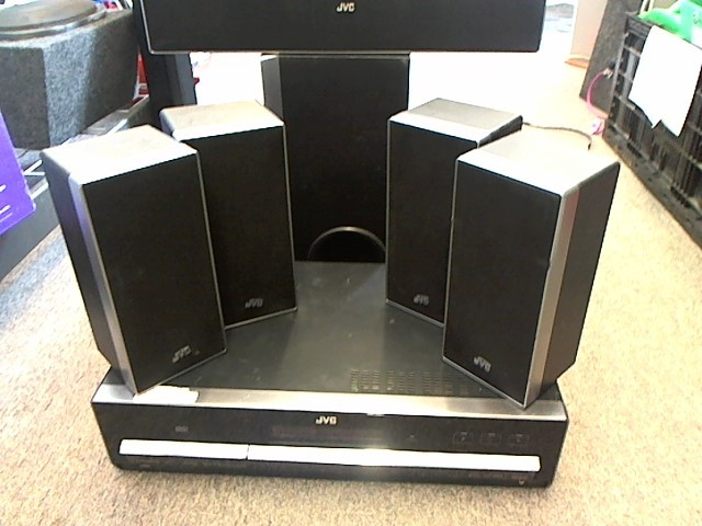 JVC DVD SURROUND SOUND HOME THEATER XV-THD5