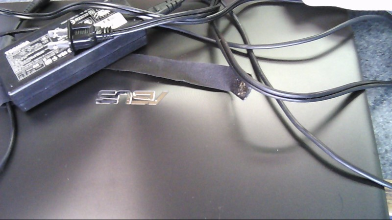 ASUS X550Z 8 GB RAM, 1 TB HDD