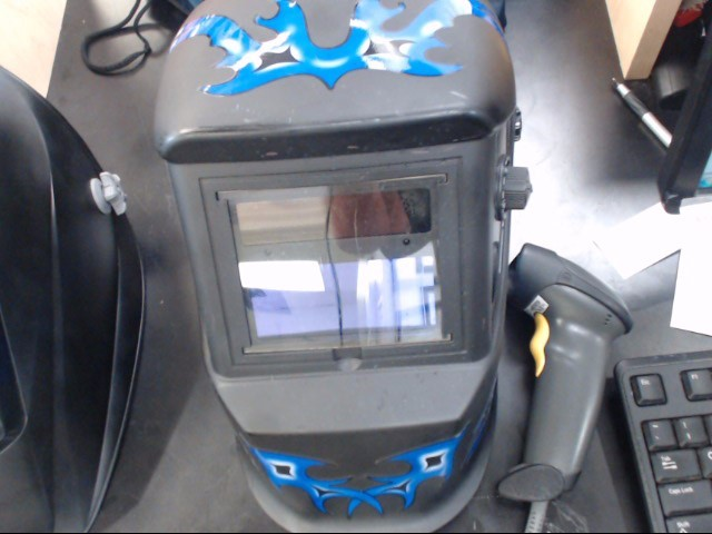 CHICAGO ELECTRIC WELDING HELMET 61610