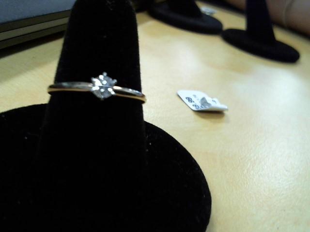Lady's Diamond Fashion Ring .13 CT. 10K Yellow Gold 1.7g
