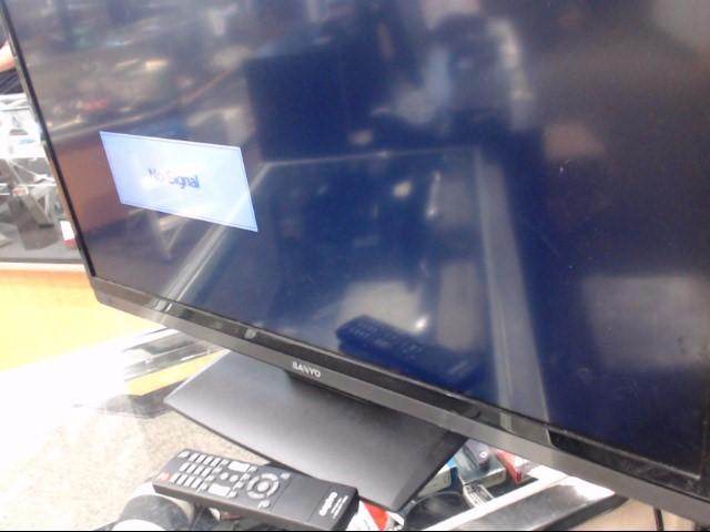 SANYO Flat Panel Television DP32D13