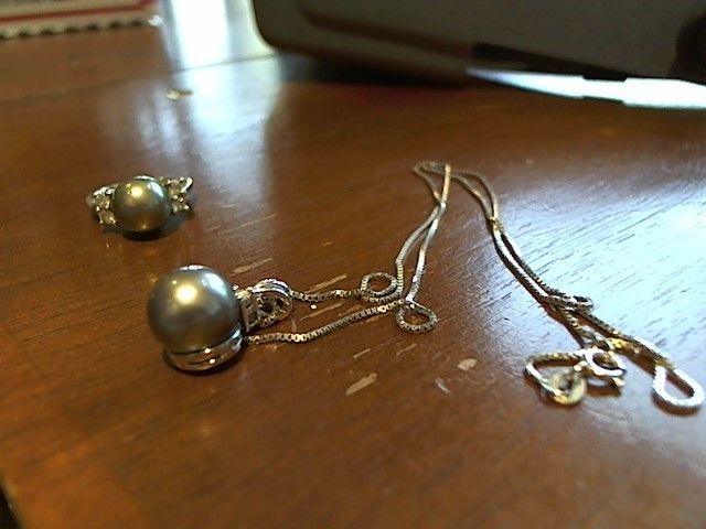 Pearl Diamond & Stone Necklace 2 Diamonds .02 Carat T.W. 18K White Gold 5.7g