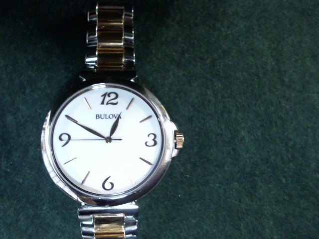 BULOVA Lady's Wristwatch 98L195