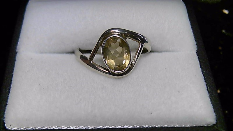 Yellow Stone Lady's Silver & Stone Ring 925 Silver 2g Size:7.3