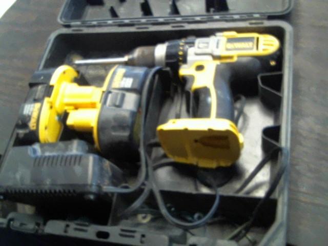 DEWALT Cordless Drill DCD950