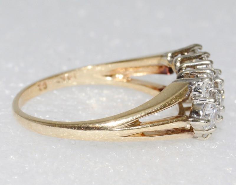 14K Yellow Gold Triple Split Shank Dazzling CZ Row Statement Ring Size 8