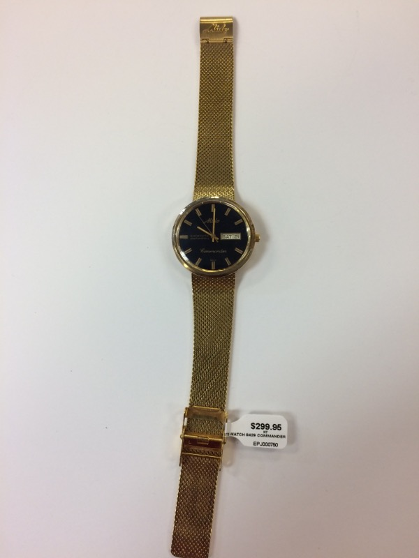 MIDO Gent's Wristwatch 8429 COMMANDER