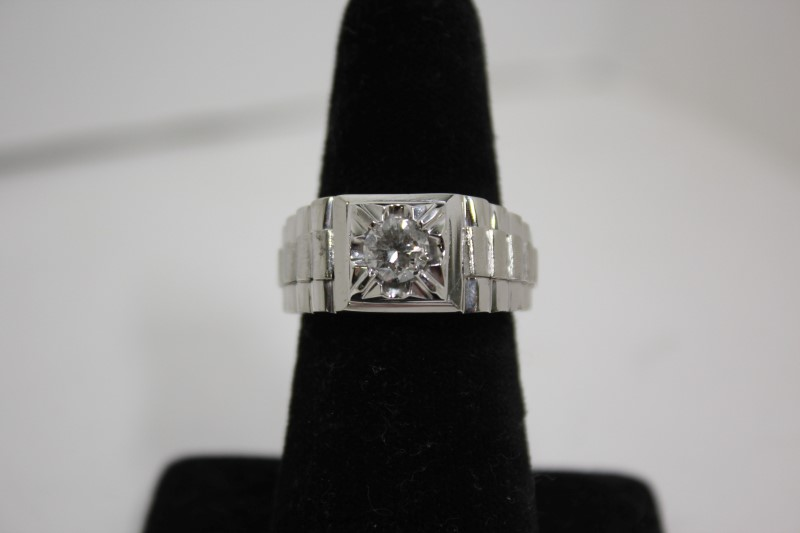 Gent's Diamond Solitaire Ring .80 CT. 14K White Gold 12.9g Size:9.25