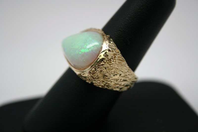 GENT'S OPAL STONE RING 14K YELLOW GOLD