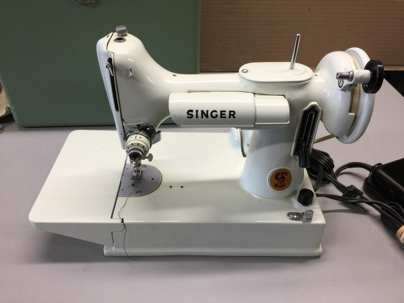 1964 SINGER 221K Sewing Machine Package